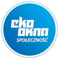 Работник на фабрику окон EkoOkna (Польша)