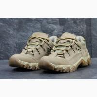 Камуфляжные облегченные кроссовки пиксель