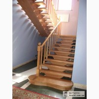 Лестницы, ступеньки, перила, мебель, двери, массив дерева
