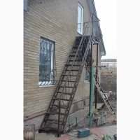 Лестницы из металла, наружные. Броневик Днепр