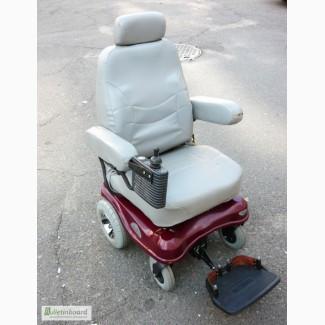 Кресло-коляска с электроприводом Chauffeur mobility