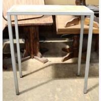 Продам стол барный б/у серого цвета 4 ноги