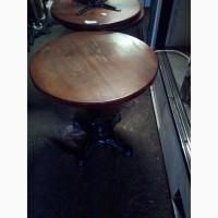 Стол б/у с круглой деревянной столешницей