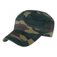 Камуфлированная кепка милитари