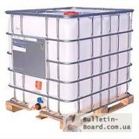 Емкости кубические 1000 литров в металлической обрешетке на деревянном поддоне