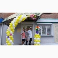 Оформление гирляндами из шаров презентации новых магазинов в Черкассах