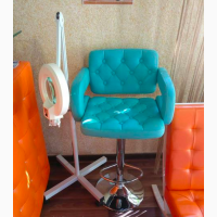 Визжаний стул разные цвета