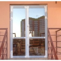 Алюминиевые двери. Раздвижные, поворотные и входные