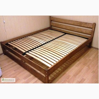 Кровать двуспальная деревянная от производителя. Скидки