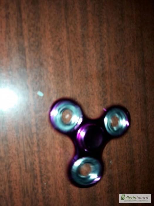 Фото 7. Спиннер Классический металлический Spinner