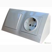 Угловой накладной блок розеток Simon 220В + выключатель