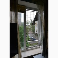 Вольер для кошек на окно. Броневик Днепр