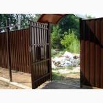 Дешевый забор из окрашенного профнастила