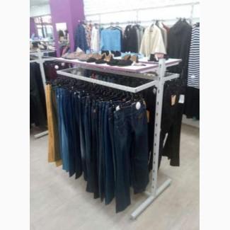 Продам торговые стойки (вешак, краб) б/у для развески одежды в зале
