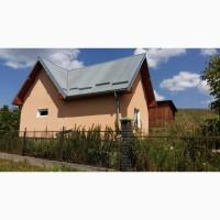 Продам цегляний утеплений будинок з меблями
