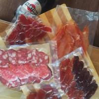Домашняя колбаса / нарезка