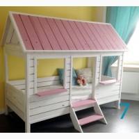 Детская кроватка домик из массива сосны на заказ