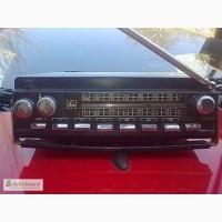 Радиоприёмник автомобильный Урал-авто-2